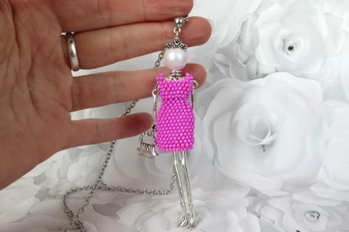 Damutė rykiai rožine mini suknele