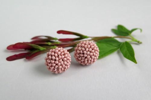 """Rožinis persikas - auskarai """"Gervuogėlės"""""""