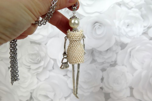 Kreminės perlų spalvos damutė mini suknele
